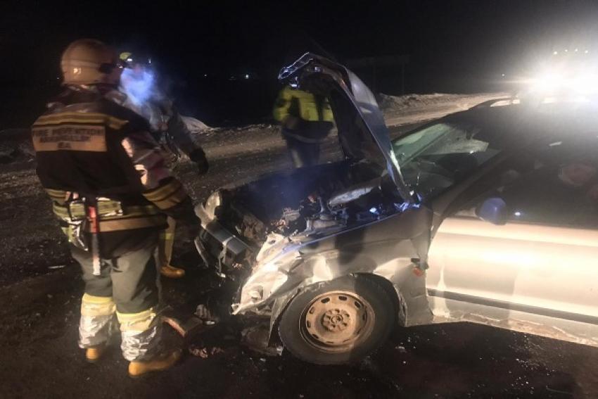 ДТП на северодвинской трассе: легковушка столкнулась с грузовиком