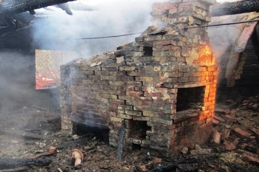 Ночью под Северодвинском огнём повреждены две дачи