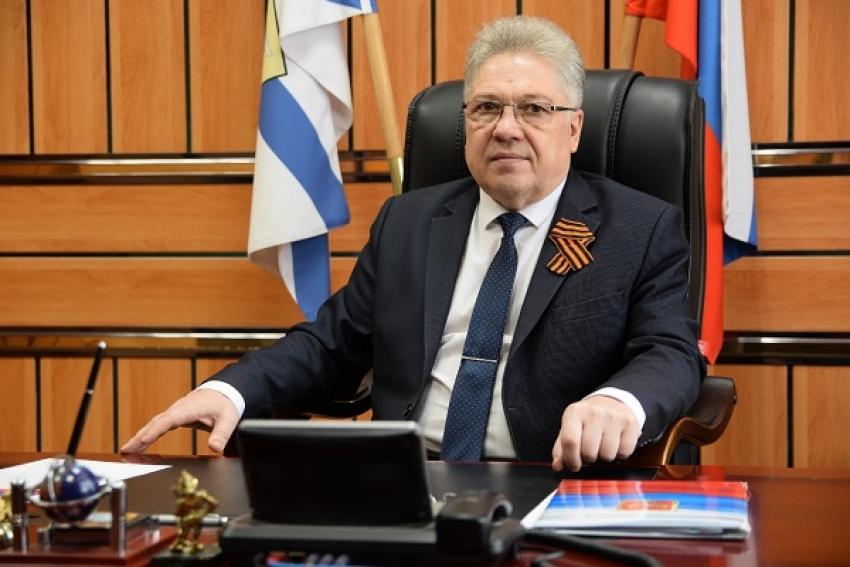 Руководителю Агентства ГПС и ГЗ Архангельской области А.В. Уварову - 61. Поздравляем!