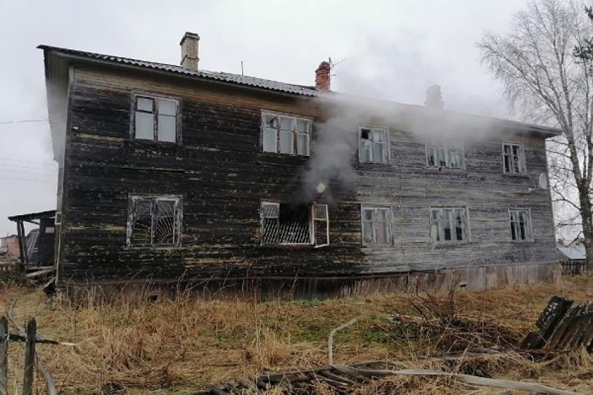 Холмогорские пожарные отстояли здание почты