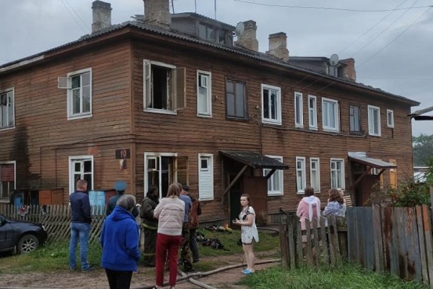 В Шенкурске при пожаре в квартире погиб инвалид