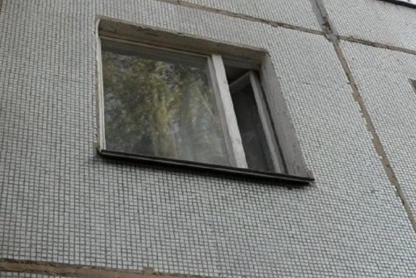 Падения из окна и с крыши: один мужчина погиб, другой отделался ушибами
