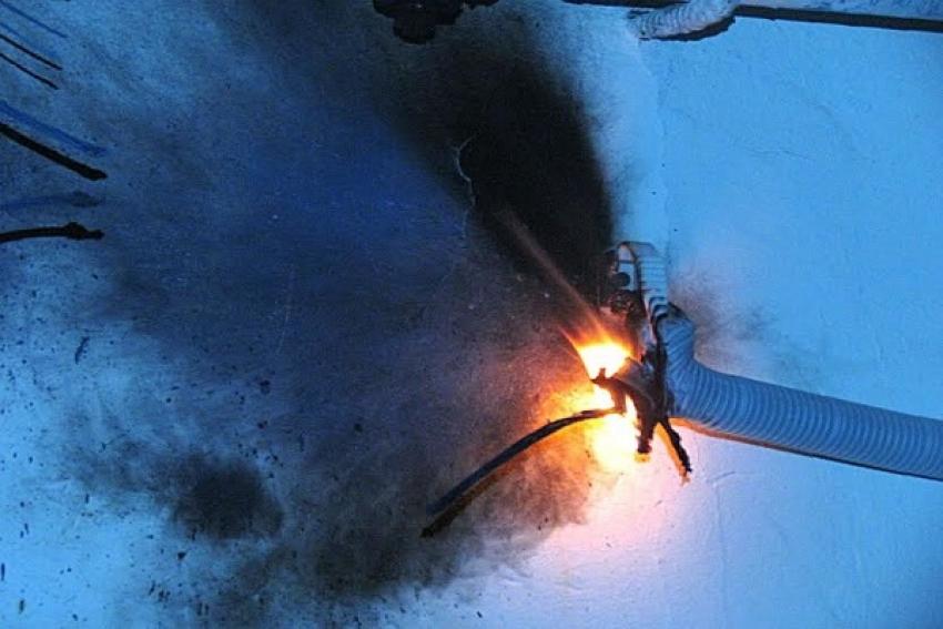 В Шелашском сгорел промтоварный магазин