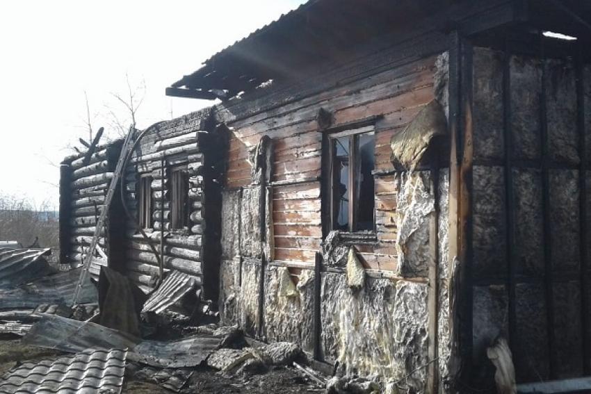 В Ильинско-Подомском одновременно тушили сразу два пожара