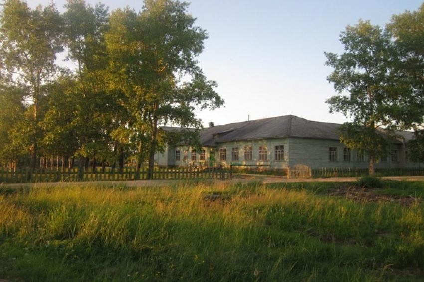 Возгорание в одном из корпусов Рочегодской школы ликвидировано, учебный процесс не нарушен (Виноградовский район)