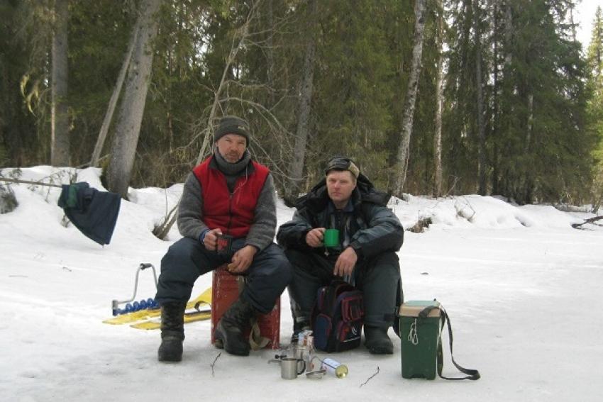 Провалы под лёд, ночевка в снегу и другие приключения зимней рыбалки