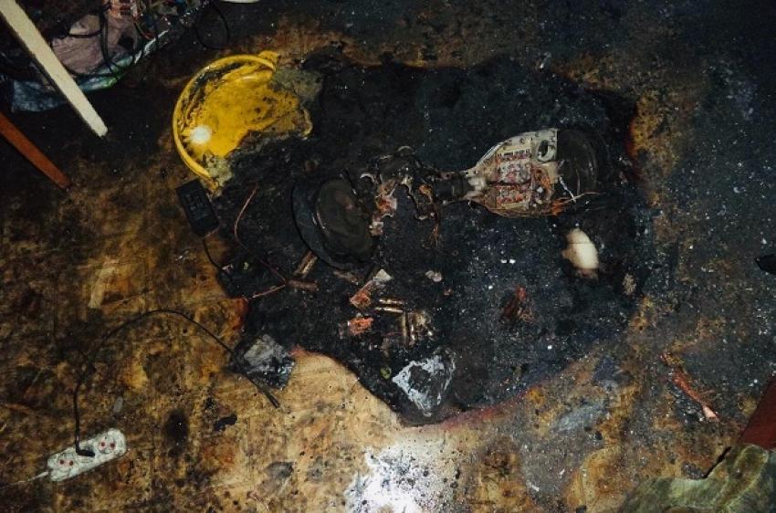 Гироскутер едва не спалил квартиру
