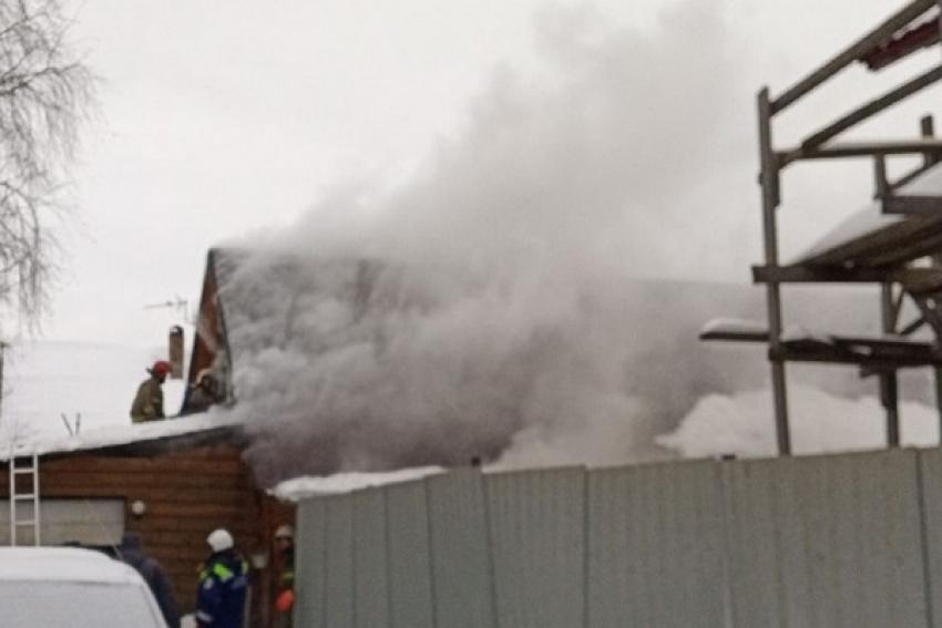 Пожар в частном доме (Коряжма). Жертв и пострадавших нет
