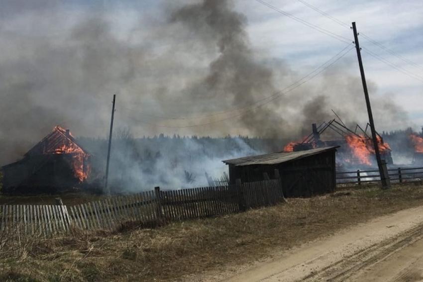 Пожарные добровольцы пос. Усть-Очея (Ленский район): «Если бы зацепило дома и лес - то была бы жесть по всему посёлку»