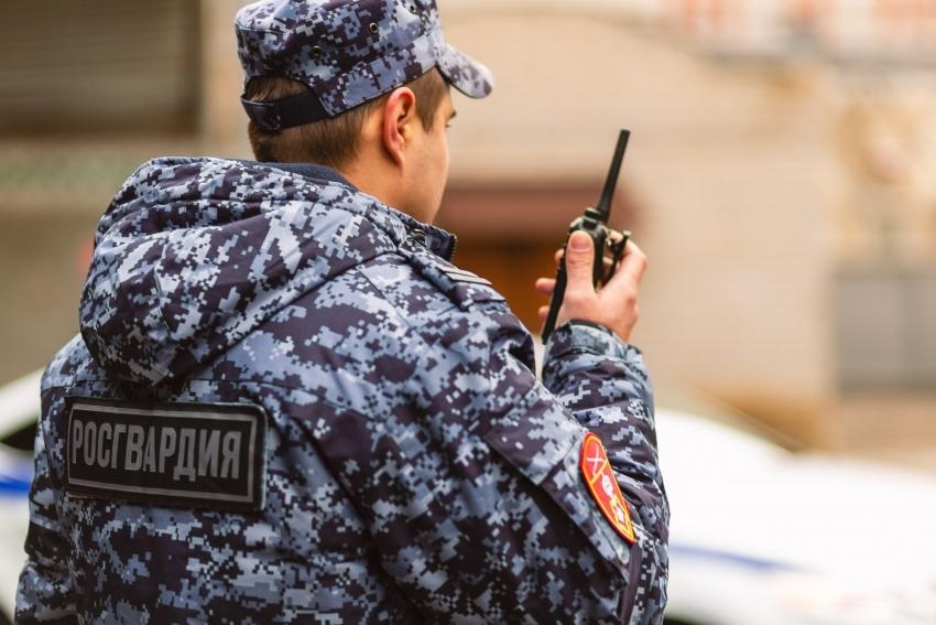 Наряд Росгвардии задержал северодвинца, объявленного в федеральный розыск