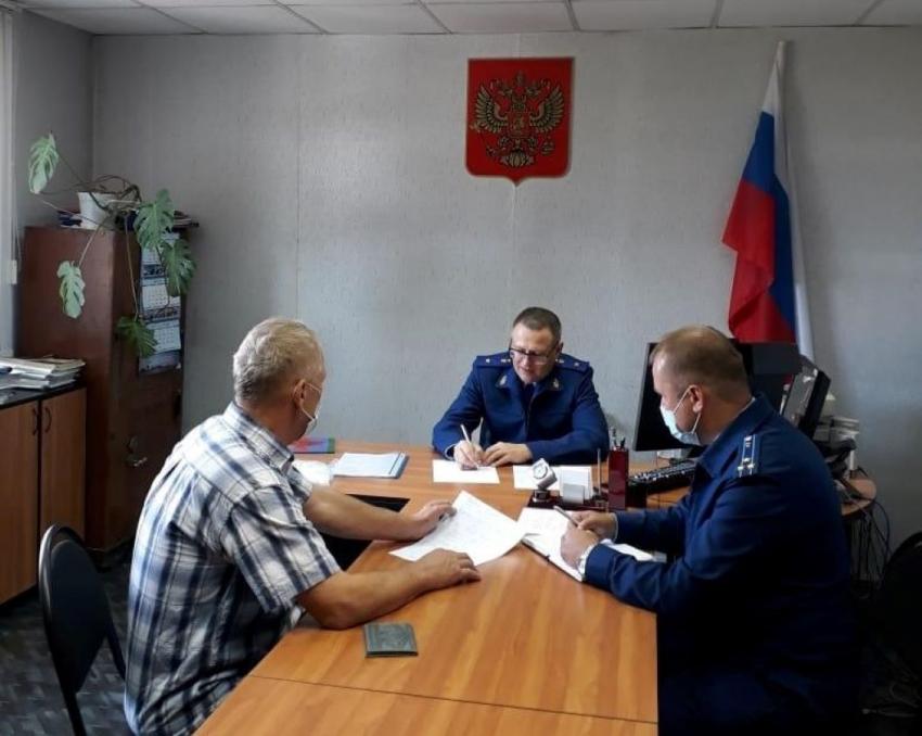 Прокурором области Николаем Хлустиковым проведен личный прием граждан в с. Верхняя Тойма