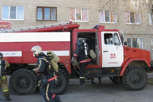 В Коряжме  провели пожарные учения в гостинице «Монплезир»