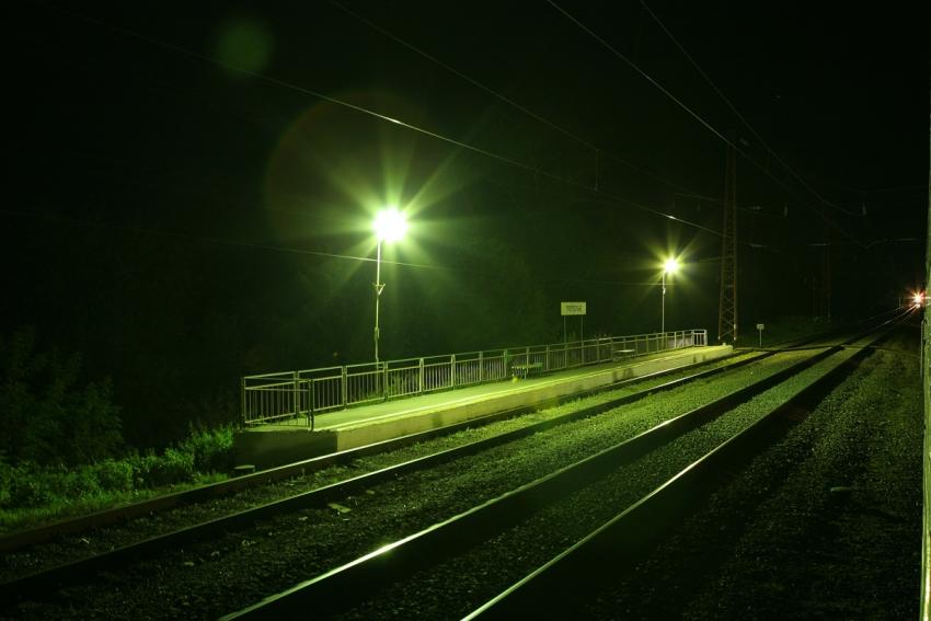 Пьяного мужчину на ж/д путях приняли за попавшего под поезд