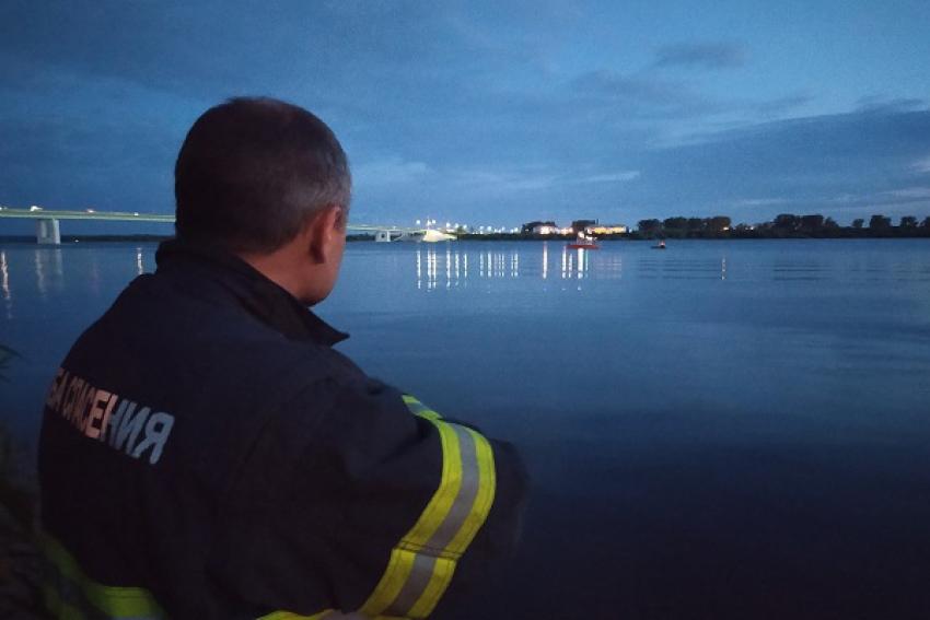 На Северной Двине спасли мужчину, выпавшего из лодки