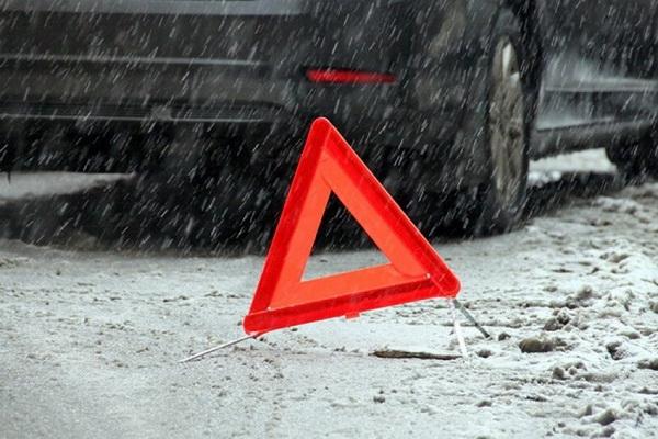 Под Северодвинском ВАЗ ушёл в кювет, есть пострадавший