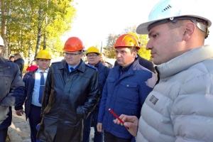 Прокурор Архангельской области Николай Хлустиков  вместе с губернатором региона встретились с жителями Мезенского района, а также посетили ряд предприятий и строящихся объектов