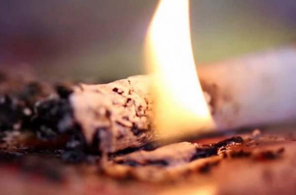 Мужчина погиб при пожаре в Вельском районе. Предполагается неосторожность при курении