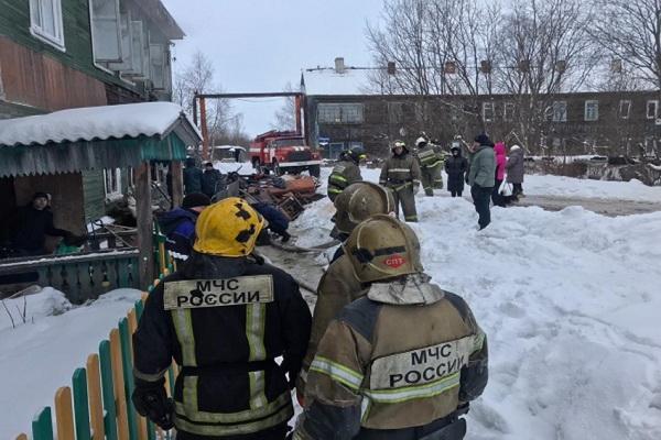 При пожаре в Архангельске погиб подросток