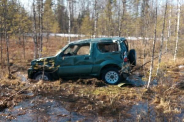 На трассе М-8 машина вылетела в кювет, пострадал водитель